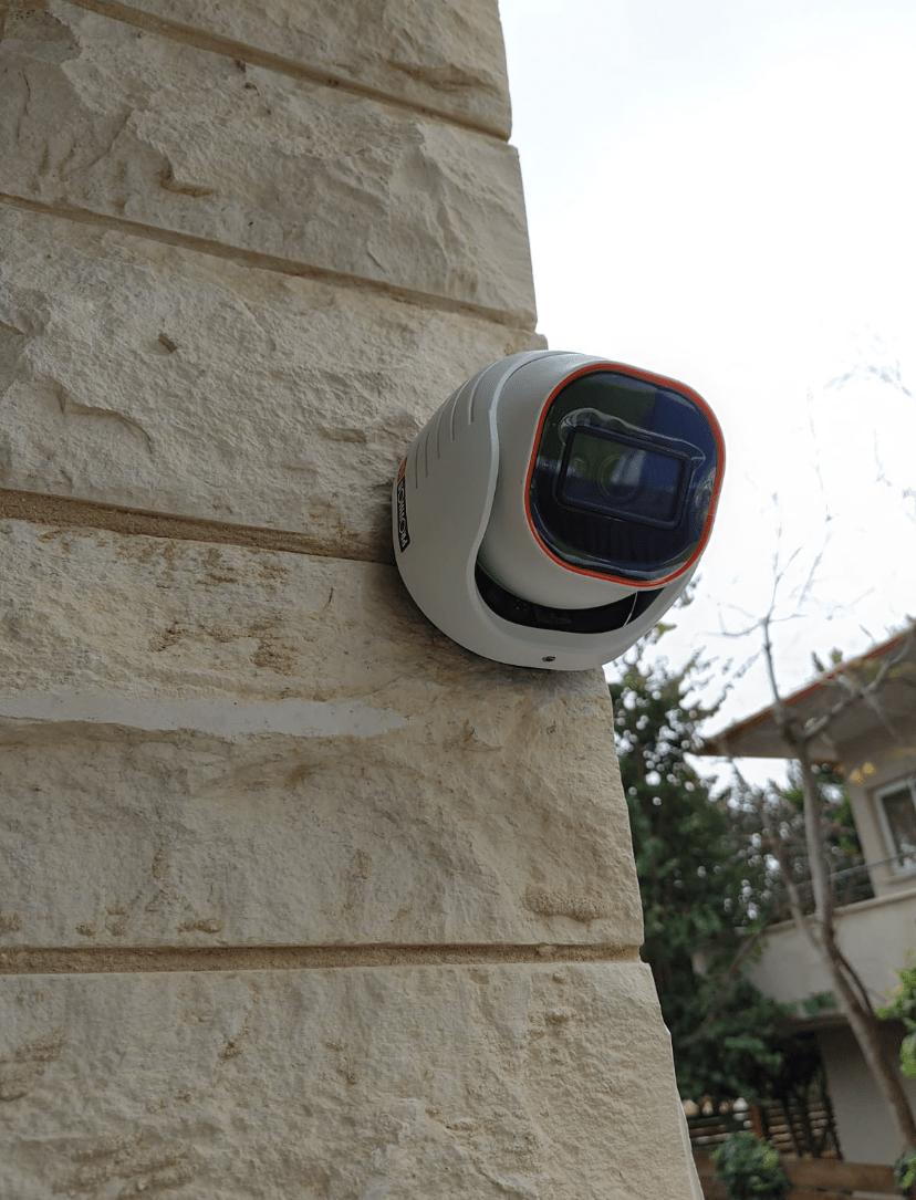 מצלמות אבטחה כולל התקנה